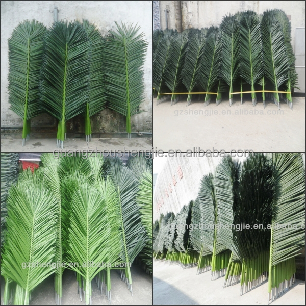 Sjh121718 artificial leafartificial palm tree leafwedding sjh121718 artificial leafartificial palm tree leafwedding decoration feather plastic palm tree leaves junglespirit Gallery