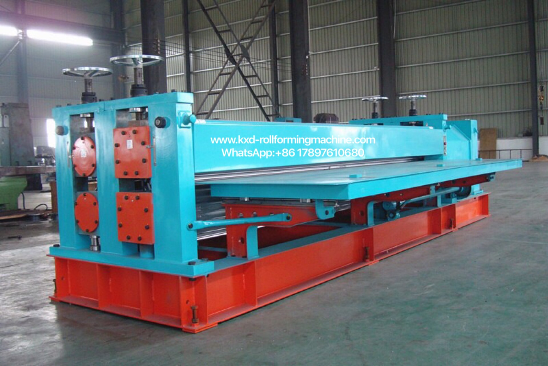 CORRUGATED TILE ROLL FORMING MACHINE