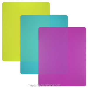 2018 New Flexible Plastic Cutting Mats Chopping Board Set