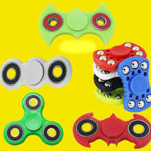 Wholesale Cat Tri Hand Fidget Spinner Glow In The Dark Batman Plastic Game Spinners
