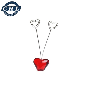 Non magnetic paper clips hot sale heart shape paper clip holder stand