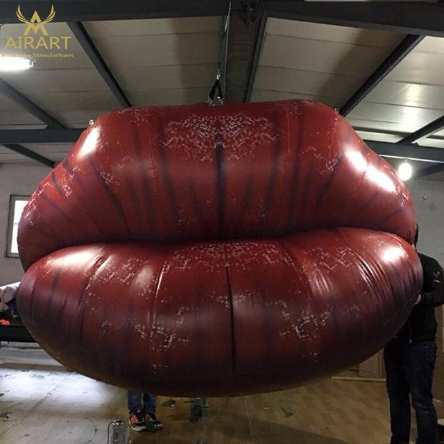 гигантские губы смазанные для высоко