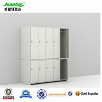 BV&ISO Certificate Green Color Knock Down Sloping Top Gym Locker Shelves