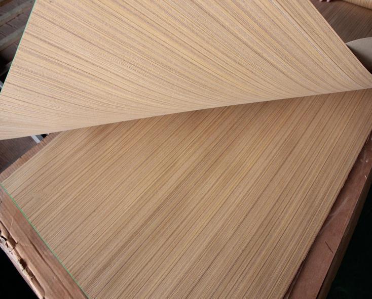 Engineered teak wood veneer for construction decoration