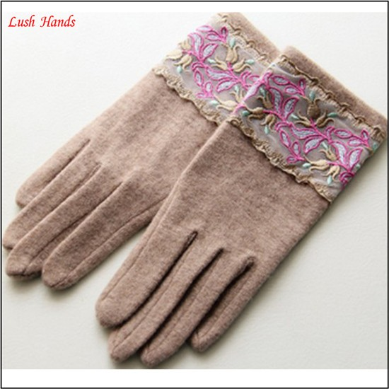 ladies lovely high-quality yellow woolen gloves for wholesale
