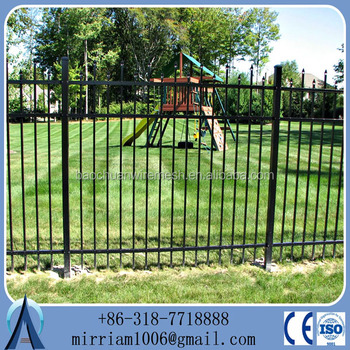 Baochuan Factory New product outdoor Decorative Wrought Iron fence /steel fence