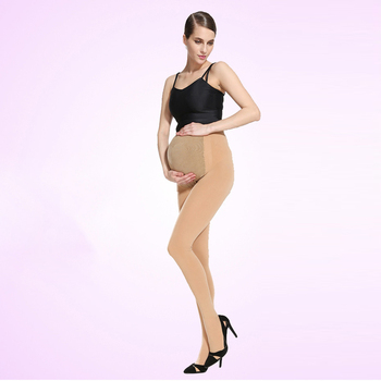 Nude pantyhose models on