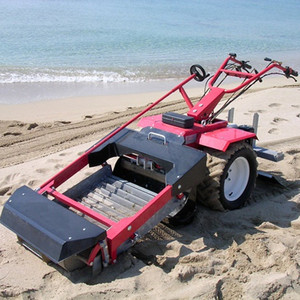 Mini tractor mounted beach cleaning machine