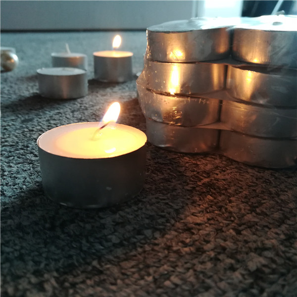 China factory SGS paraffin wax 23g tealight candles