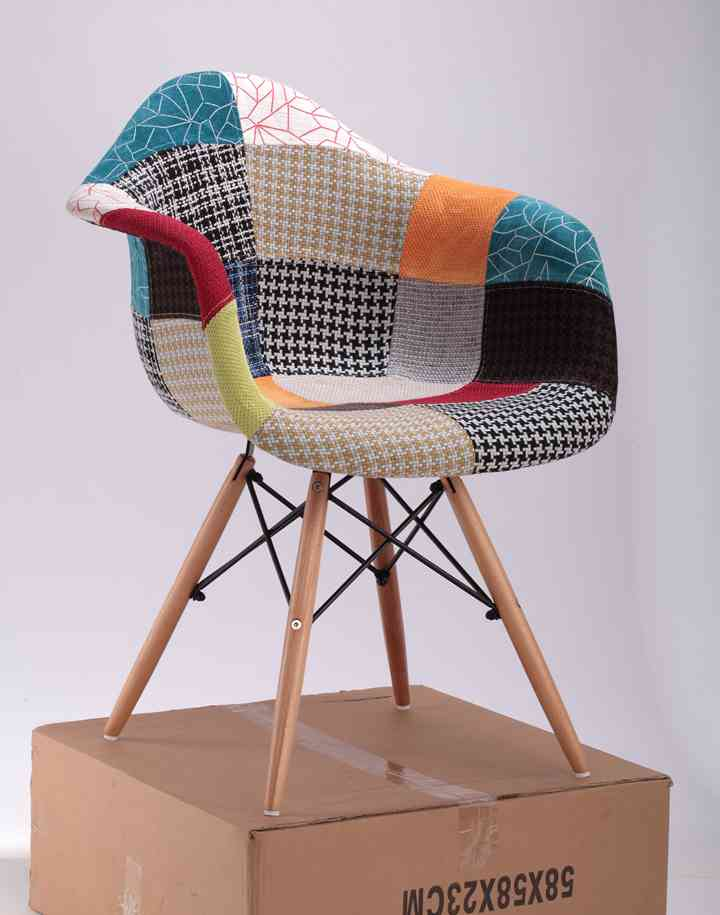 Modern Cheap Fabric Dinning Chair Luxury / Armed Wooden Legs Patchwork Fabric Dining Chair