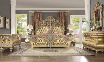 Classic King Size Solid Wood Bedroom Set Golden Color Italian Style Hotel And Villa Bedroom Furniture Moq 1 Set Buy Classic Golden Bedroom