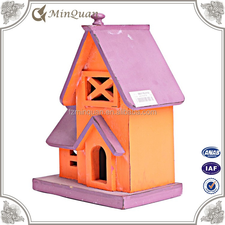 Factory manufacture hot sale rustic wood painted birdhouses for small bird