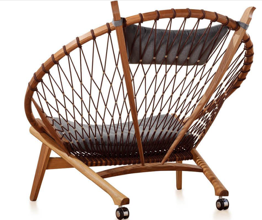 Modern leisure waiting chair peacock design wheel chair
