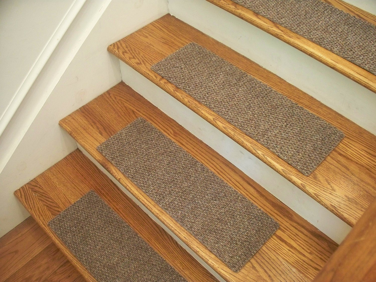 """Essential Carpet Stair Treads - Style: Berber - Color: Beige Gray - Size: 24"""" x 8"""" - Set of 13"""