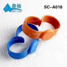 Low cost festival cheap silicone wristbands