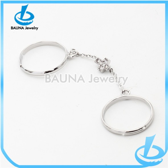 Latest popular rhodium plating two finger chain link ring