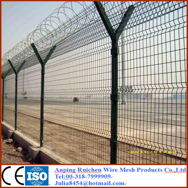 China Supplier Alibaba Lowest Price Cyclone Wire Fence Price ...