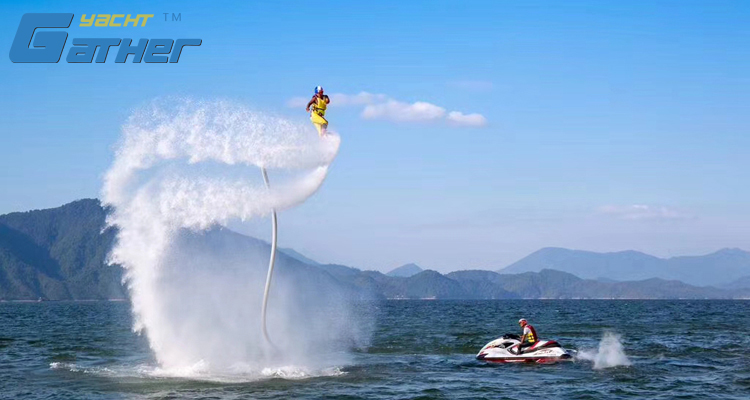 Junte o esporte do wate que voa flyboarding para o esqui do jato de yamahas
