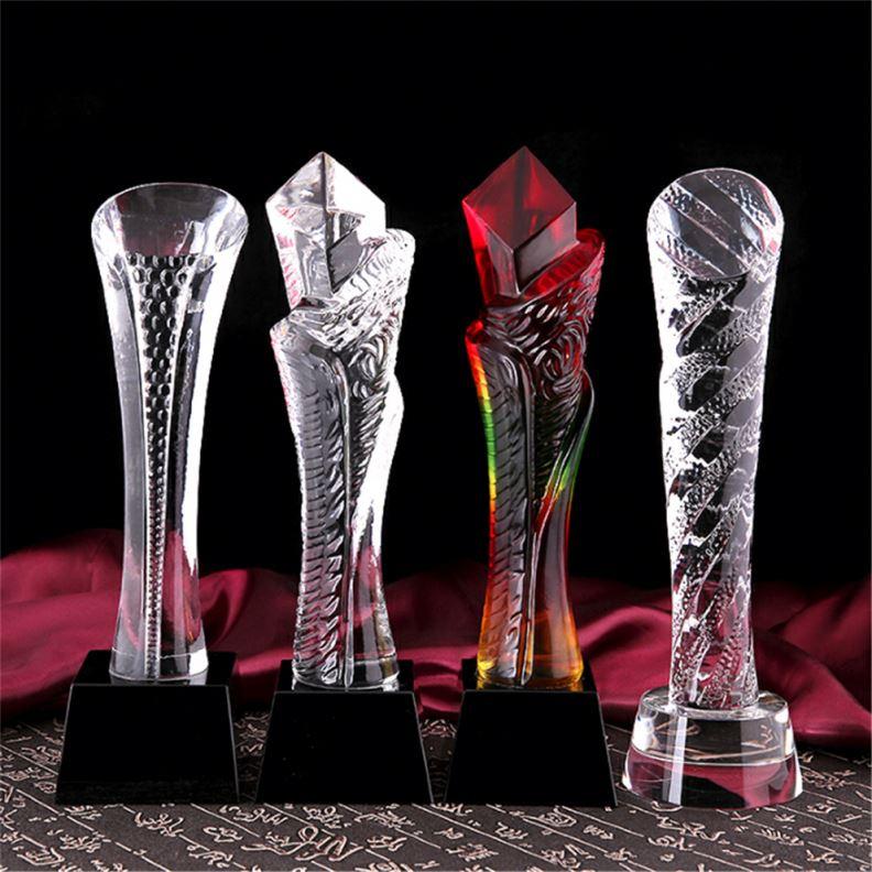 Produttore Spazi Caldo Arancione, Rosso, Rosa Nero Oro Trasparente Personalizzato Da Golf A Buon Mercato Piede di Calcio di Sport di Vetro di Cristallo Premio Trofei