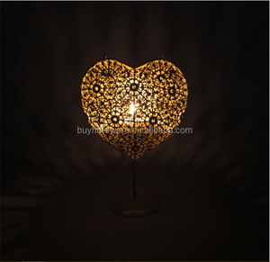 Wedding decoration hollow metal wire candle holder lantern, Heart shaped hollow wrought iron candle holder lantern