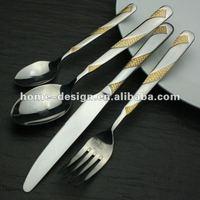 Restaurant quality golden silverware/tableware/flatware set