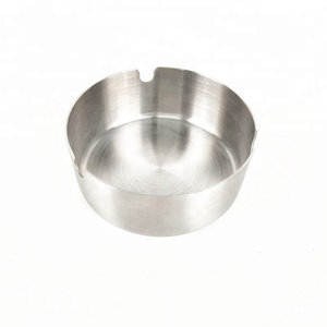 Hot Selling low price 10cm stainless steel outdoor ashtray for gift