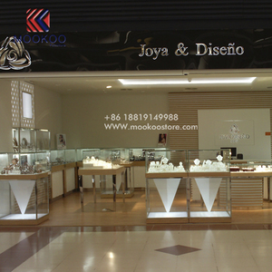 Luxury Store White Baking Paint Glass Jewelry Showcase Display For Jewelry Shop
