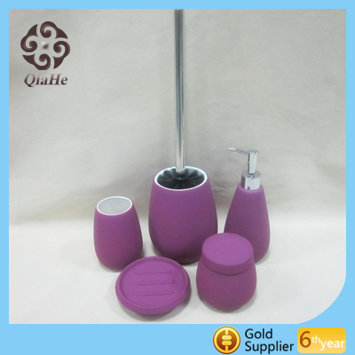 Customized rubber painting purple ceramic bathroom accessories set for hotel