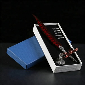 AYFP-0016 New promotional novelty red color pheasant feather quill pen with pen holder