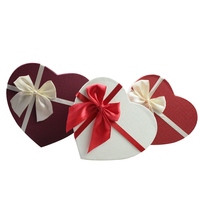 Cute design heart shaped cardboard paper packaging gift box with bowknot ribbon