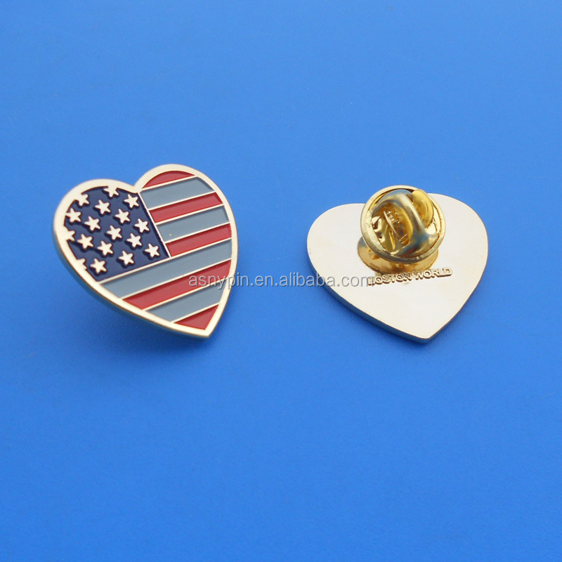 Heart Design American Flag Gold Brooch Pin Badge