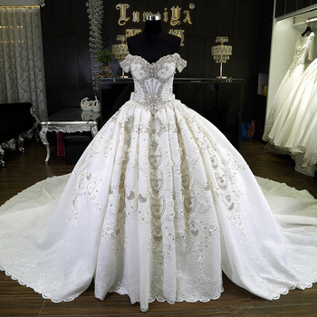 White Puffy Detachable Skirt Wedding Dress With 15 M Train