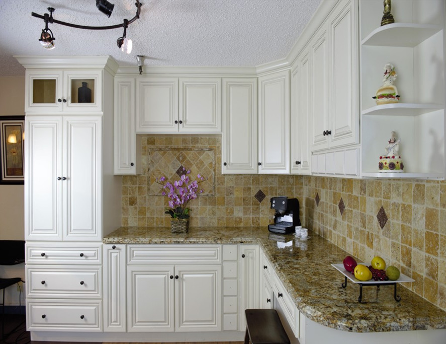 Classic Antique White L Shape Kitchen Cabinet