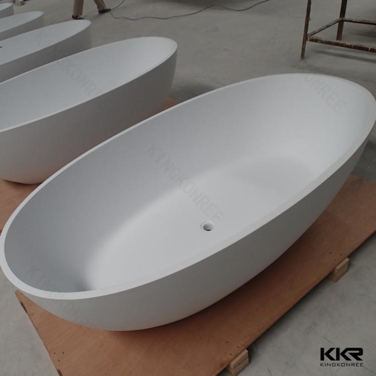 kleine badewanne kleine badewanne inklusive serie badewannen mit fen aus hersteller bleu. Black Bedroom Furniture Sets. Home Design Ideas