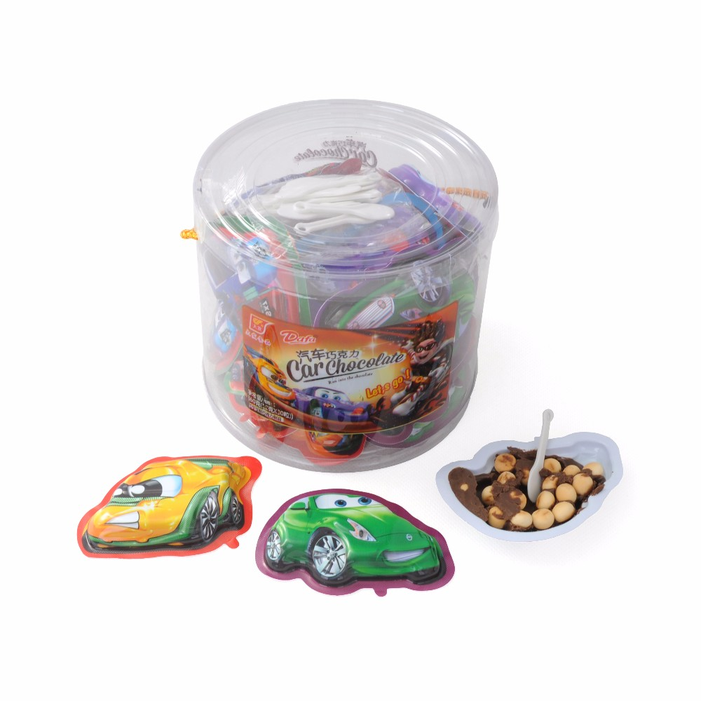 Car Shaped Chocolate with Biscuit in PVC Round Jar for Africa