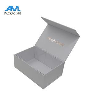 Luxury Glossy Magnet Closure Folding Apparel Gift Box Wholesale