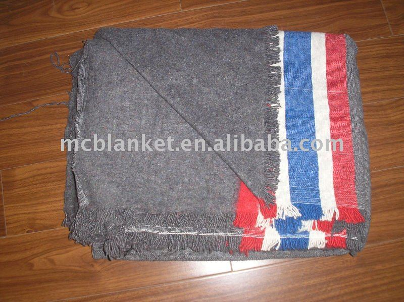 Recycle moving blanket with jacquard 1ply.