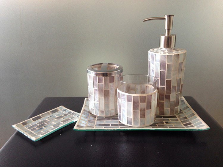 Champagne mosaic glass bathroom accessory set soap dish for Crackle glass bathroom accessories