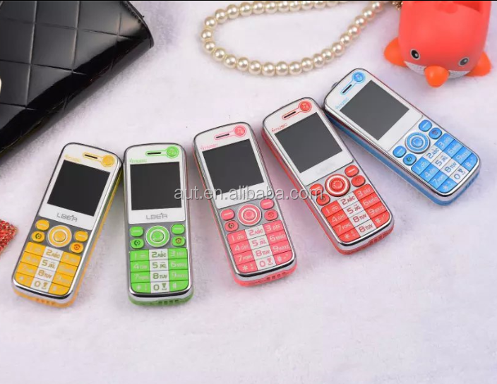 L666 new design dual sim cheap mini phone for kids with stand charger