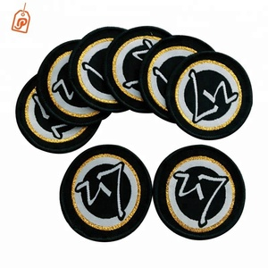 China factory cheap customized garment woven patches clothing logo badges