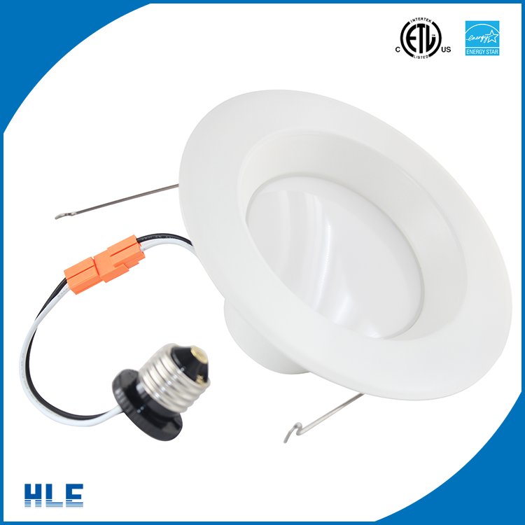 Quick connect medium screw base E26 flood beam angle 100 degree 8 watt low power consumption led downlight