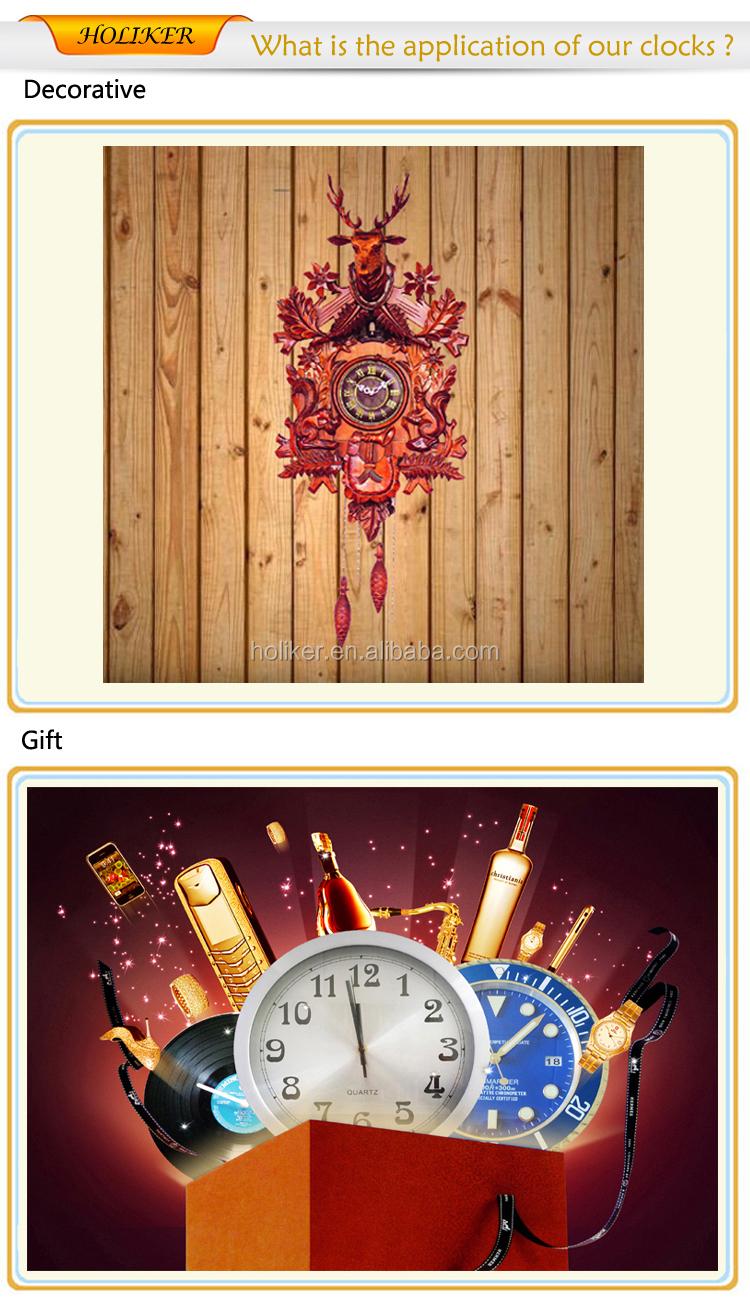 parete di legno orologio a cucù