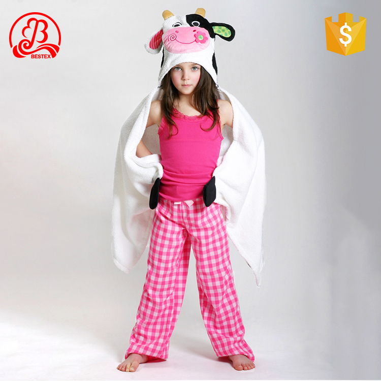 China suppler microfiber lovely animal printed kids towelling baby hooded beach surf poncho towel