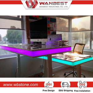 Cheap Office Illuminated Led Office Computer Table Manager Desk for Sale