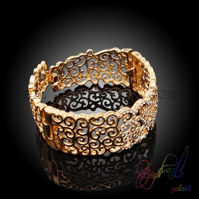 Sieraden groothandel arabisch gouden sieraden ontwerpen volledige set sieraden buy product on - Loodvrije kristal ...