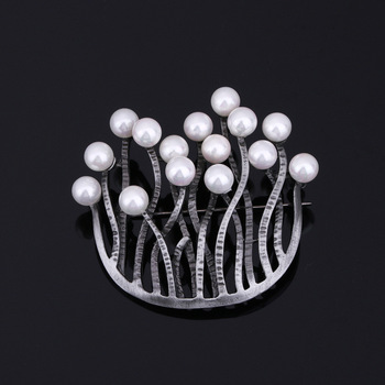 Trendy Daisy Flower Lapel Pins Brooches For Women High Quality Broches Pin Wedding Handmade