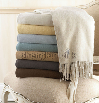 Luxury Pure silk or bamboo fiber  throw blanket  Soft warm  customized size color
