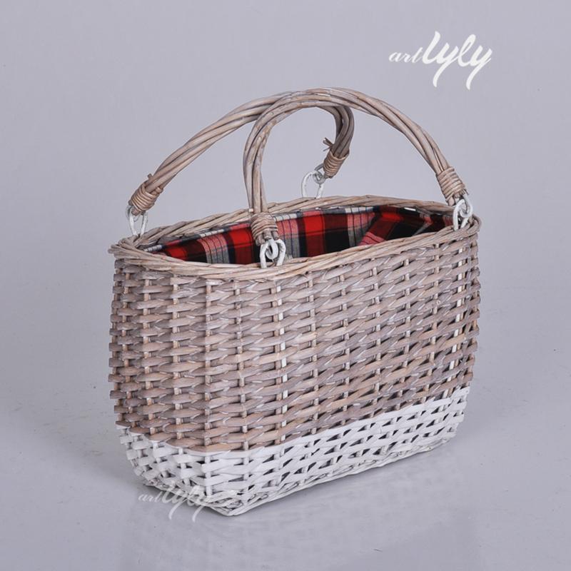 Dai Ethnic Handmade Hand-woven Bamboo Basket The Latest Fashion Decorative Collectibles