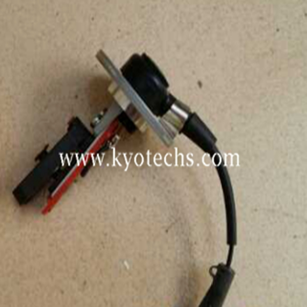 EXCAVATOR Oil Level Sensor FOR EX300 6SD1T 8-97131223-0 8971312230 897131-2230