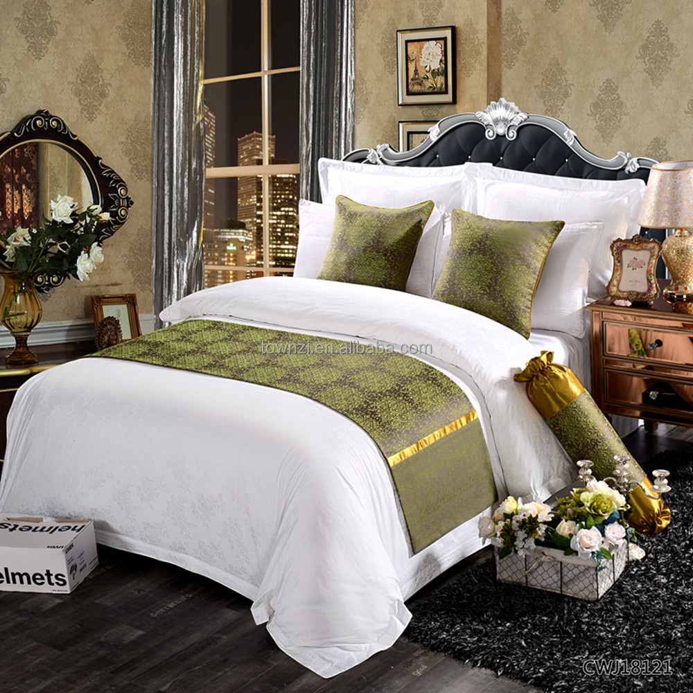 New Arrival Guangzhou Gold Edge Classic Hotel Bedding Set Luxury Bed Runner Guangzhou Cushions and Bed Runners